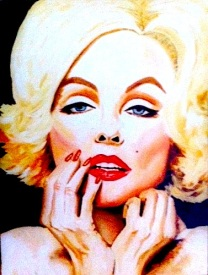 Marilyn hands/oil
